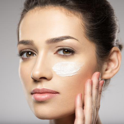 moisturizing for oily skin and skin care routine for oily skin